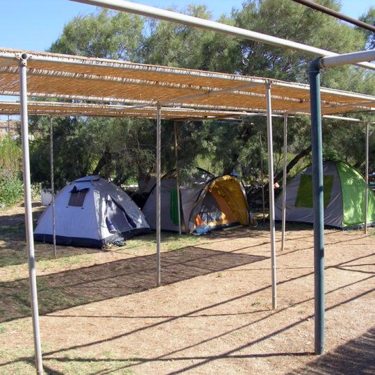 http://folegandros.org/wp-content/uploads/livadi_camping_folegandros_01-540x540.jpg