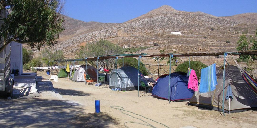 http://folegandros.org/wp-content/uploads/livadi_camping_folegandros_03-1080x540.jpg