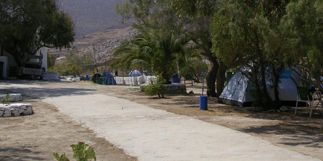 http://folegandros.org/wp-content/uploads/livadi_camping_folegandros_09-1080x540.jpg